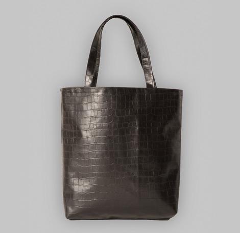 Schwarze Tasche mit Krokoprägung 6